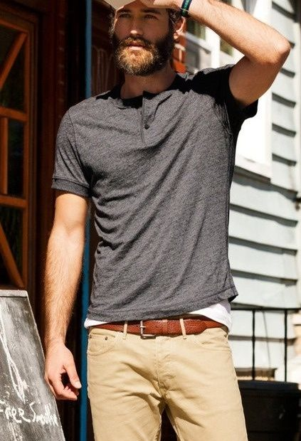 <h1>2 Alternatives To The V-Neck That Every Guy Needs</h1>